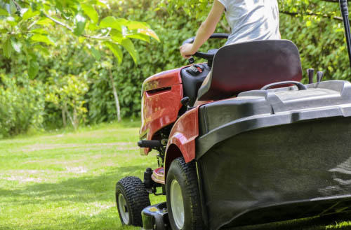How much does a riding lawn mower weigh?